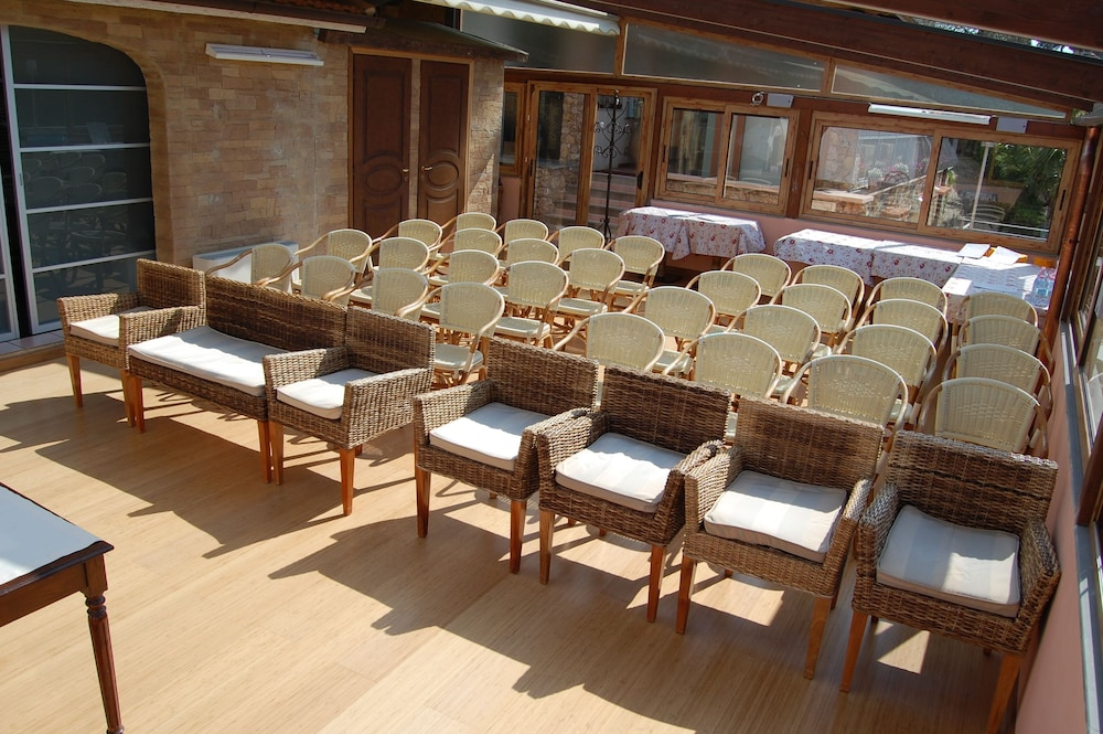 를레 일 카살레(Relais Il Casale) Hotel Image 55 - Meeting Facility