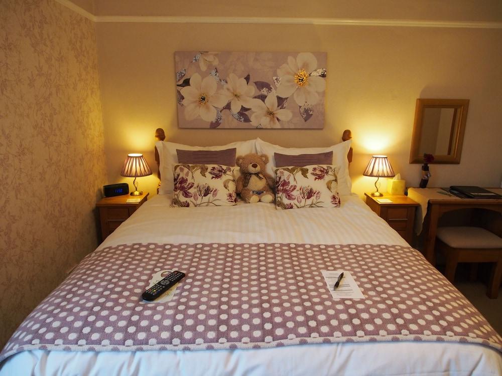 Montfort Cottage Guest House, Cumbria