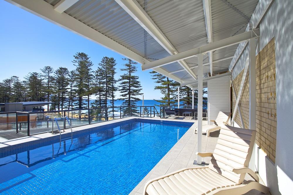 맨리 파라다이스 모텔 앤드 아파트먼츠(Manly Paradise Motel & Apartments) Hotel Image 1 - Pool