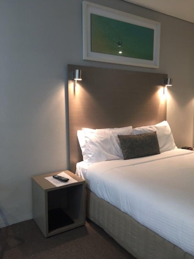 맨리 파라다이스 모텔 앤드 아파트먼츠(Manly Paradise Motel & Apartments) Hotel Image 12 - Guestroom