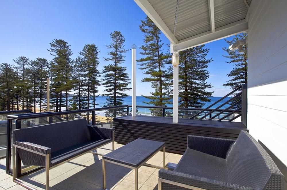 맨리 파라다이스 모텔 앤드 아파트먼츠(Manly Paradise Motel & Apartments) Hotel Image 40 - Terrace/Patio