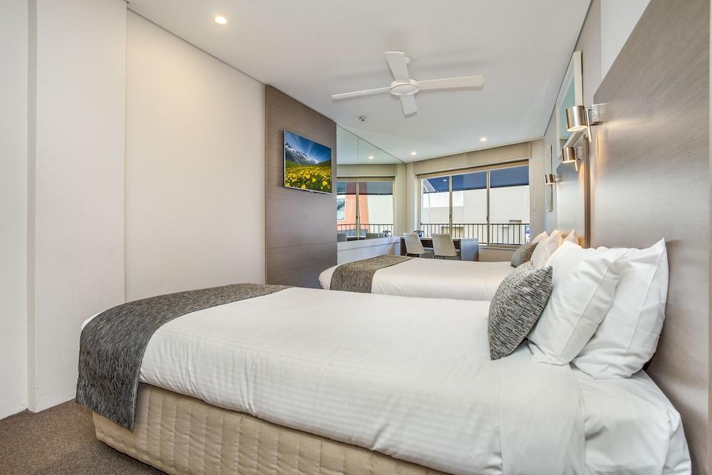 맨리 파라다이스 모텔 앤드 아파트먼츠(Manly Paradise Motel & Apartments) Hotel Image 4 - Guestroom