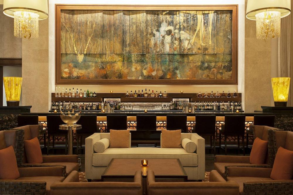더 세인트 레기스 사디얏 아일랜드 리조트, 아부 다비(The St. Regis Saadiyat Island Resort, Abu Dhabi) Hotel Image 106 - Restaurant