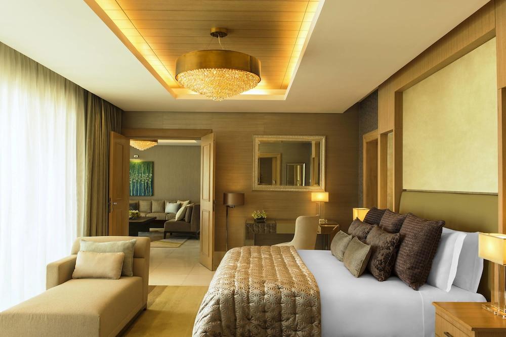 더 세인트 레기스 사디얏 아일랜드 리조트, 아부 다비(The St. Regis Saadiyat Island Resort, Abu Dhabi) Hotel Image 8 - Guestroom