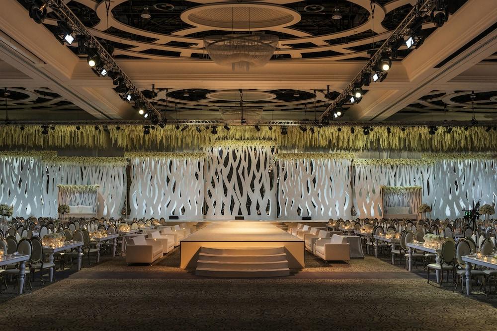 더 세인트 레기스 사디얏 아일랜드 리조트, 아부 다비(The St. Regis Saadiyat Island Resort, Abu Dhabi) Hotel Image 136 - Meeting Facility