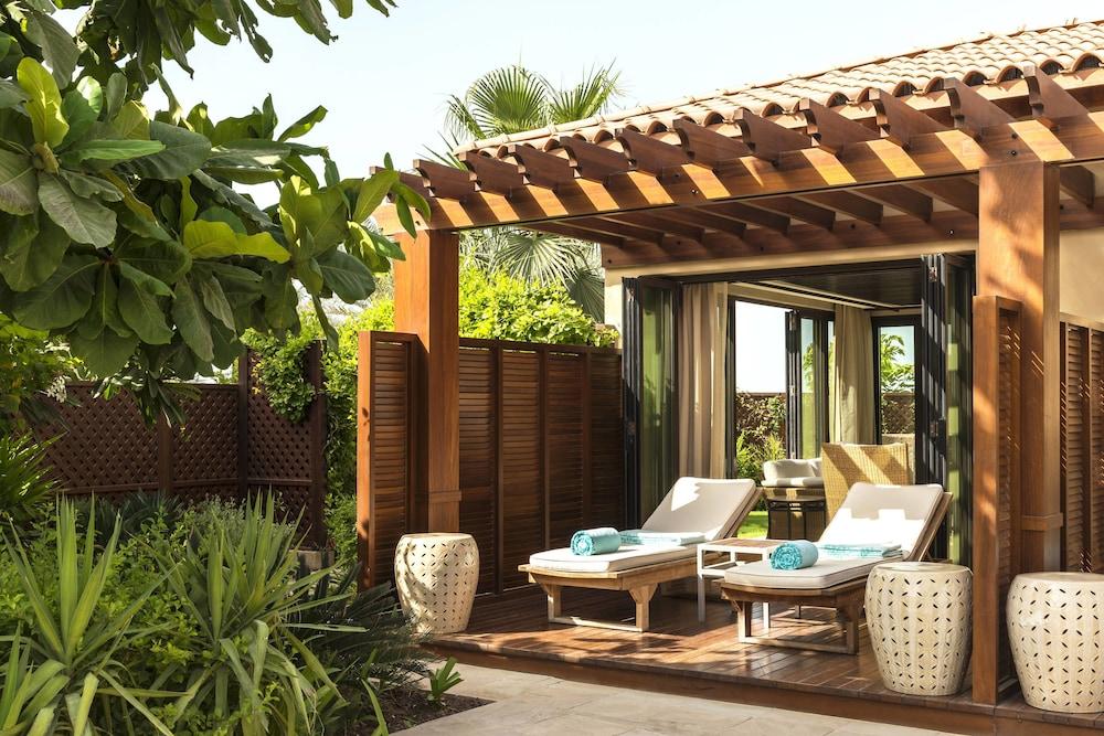 더 세인트 레기스 사디얏 아일랜드 리조트, 아부 다비(The St. Regis Saadiyat Island Resort, Abu Dhabi) Hotel Image 13 - Guestroom