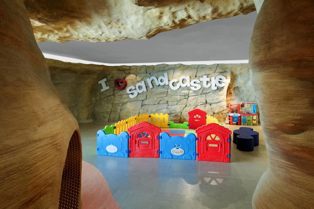 더 세인트 레기스 사디얏 아일랜드 리조트, 아부 다비(The St. Regis Saadiyat Island Resort, Abu Dhabi) Hotel Image 101 - Childrens Play Area - Indoor