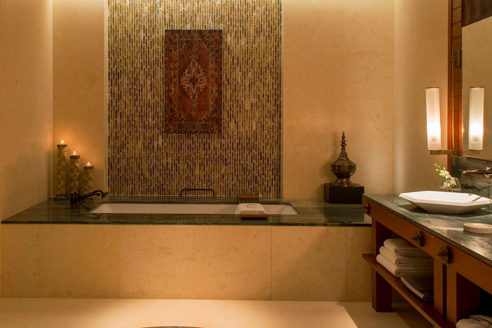 더 세인트 레기스 사디얏 아일랜드 리조트, 아부 다비(The St. Regis Saadiyat Island Resort, Abu Dhabi) Hotel Image 61 - Bathroom