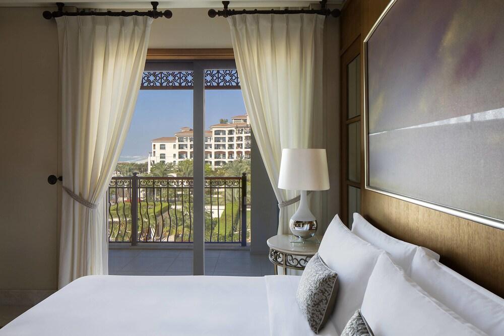더 세인트 레기스 사디얏 아일랜드 리조트, 아부 다비(The St. Regis Saadiyat Island Resort, Abu Dhabi) Hotel Image 18 - Guestroom
