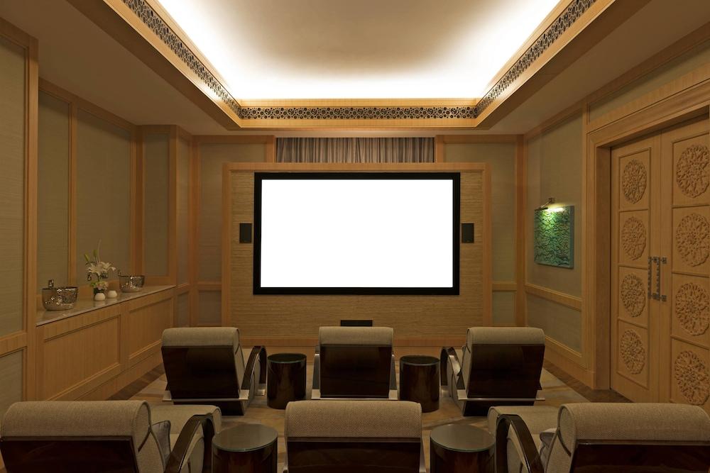 더 세인트 레기스 사디얏 아일랜드 리조트, 아부 다비(The St. Regis Saadiyat Island Resort, Abu Dhabi) Hotel Image 19 - Guestroom