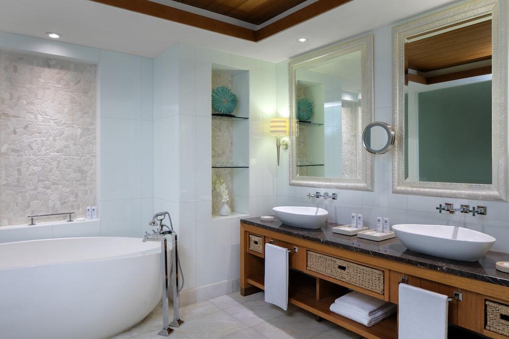 더 세인트 레기스 사디얏 아일랜드 리조트, 아부 다비(The St. Regis Saadiyat Island Resort, Abu Dhabi) Hotel Image 57 - Bathroom