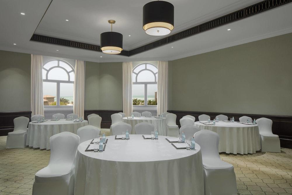 더 세인트 레기스 사디얏 아일랜드 리조트, 아부 다비(The St. Regis Saadiyat Island Resort, Abu Dhabi) Hotel Image 146 - Meeting Facility