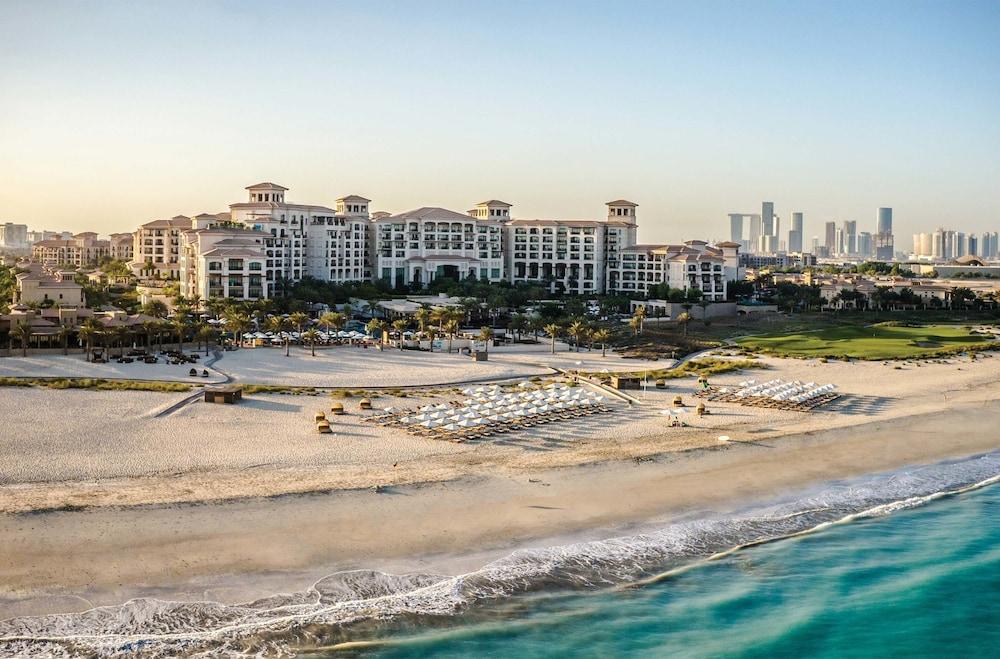 더 세인트 레기스 사디얏 아일랜드 리조트, 아부 다비(The St. Regis Saadiyat Island Resort, Abu Dhabi) Hotel Image 66 - Aerial View