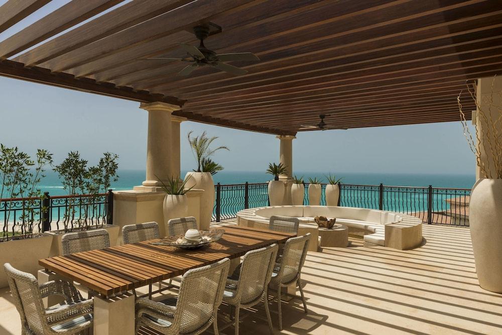 더 세인트 레기스 사디얏 아일랜드 리조트, 아부 다비(The St. Regis Saadiyat Island Resort, Abu Dhabi) Hotel Image 27 - Guestroom