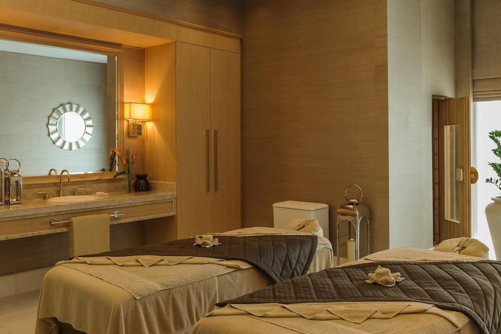 더 세인트 레기스 사디얏 아일랜드 리조트, 아부 다비(The St. Regis Saadiyat Island Resort, Abu Dhabi) Hotel Image 28 - Guestroom