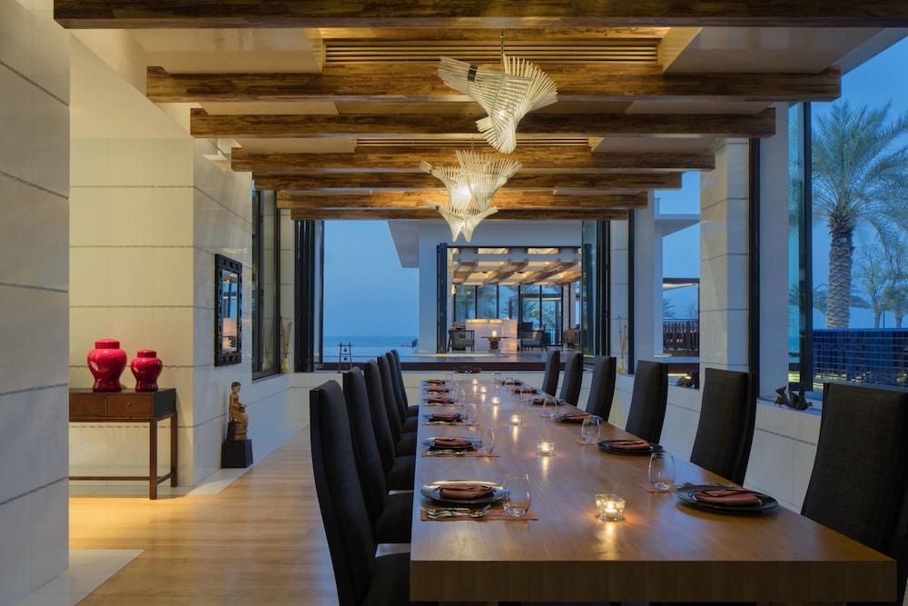 더 세인트 레기스 사디얏 아일랜드 리조트, 아부 다비(The St. Regis Saadiyat Island Resort, Abu Dhabi) Hotel Image 124 - Restaurant