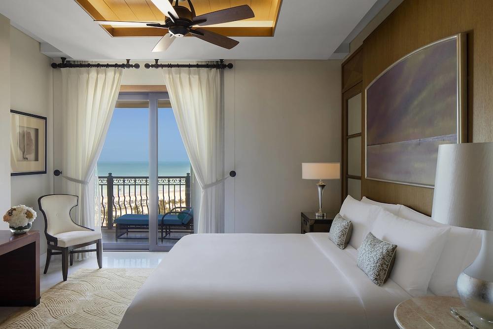 더 세인트 레기스 사디얏 아일랜드 리조트, 아부 다비(The St. Regis Saadiyat Island Resort, Abu Dhabi) Hotel Image 36 - Guestroom