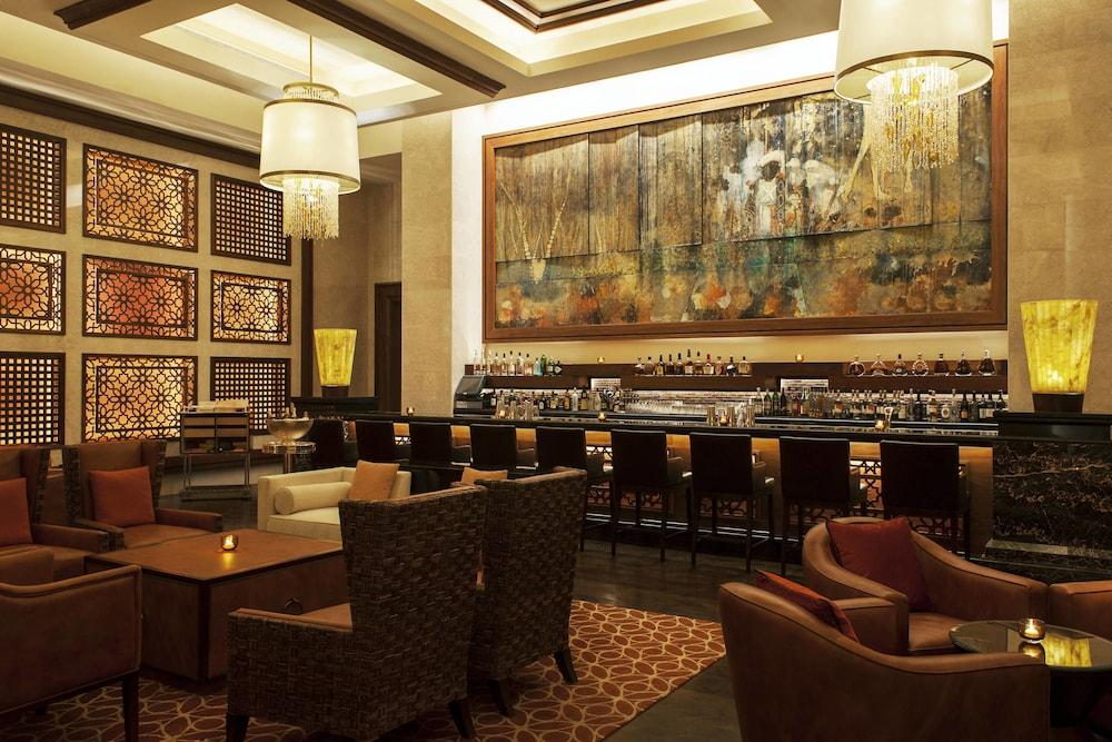 더 세인트 레기스 사디얏 아일랜드 리조트, 아부 다비(The St. Regis Saadiyat Island Resort, Abu Dhabi) Hotel Image 129 - Restaurant