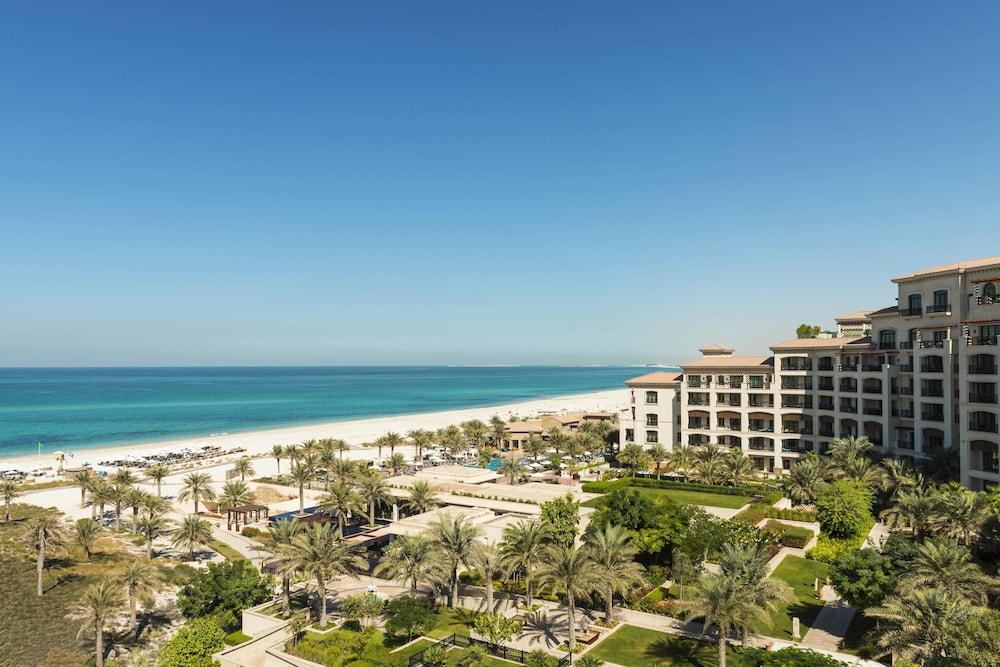 더 세인트 레기스 사디얏 아일랜드 리조트, 아부 다비(The St. Regis Saadiyat Island Resort, Abu Dhabi) Hotel Image 0 - Featured Image