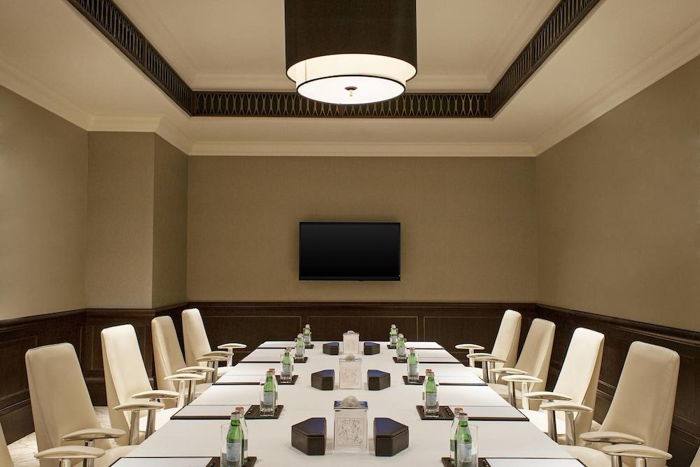 더 세인트 레기스 사디얏 아일랜드 리조트, 아부 다비(The St. Regis Saadiyat Island Resort, Abu Dhabi) Hotel Image 150 - Meeting Facility