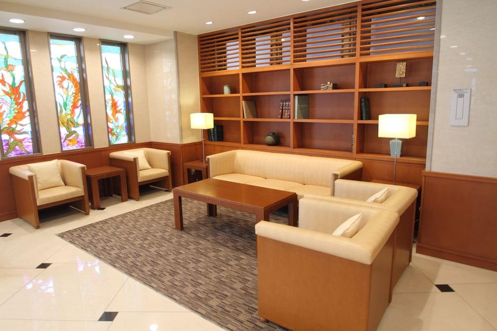 메이테츠 인 나고야 카나야마(Meitetsu Inn Nagoya Kanayama) Hotel Image 1 - Lobby Sitting Area