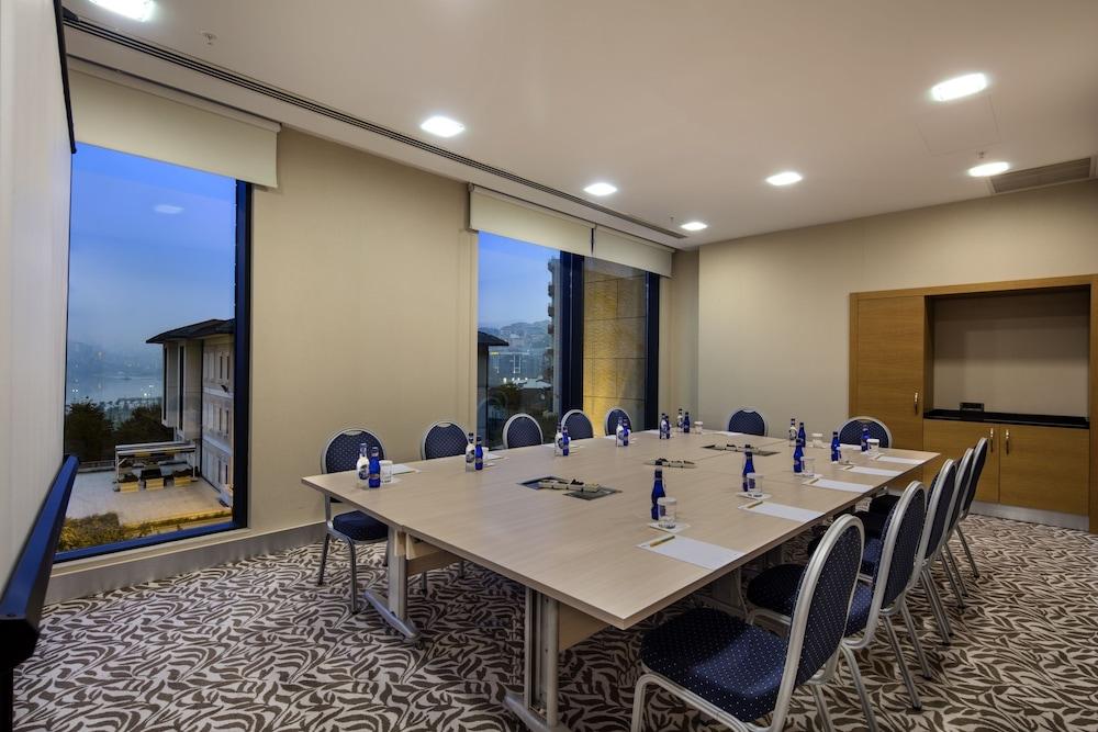 힐튼 가든 인 이스탄불 골든 혼(Hilton Garden Inn Istanbul Golden Horn) Hotel Image 72 - Meeting Facility