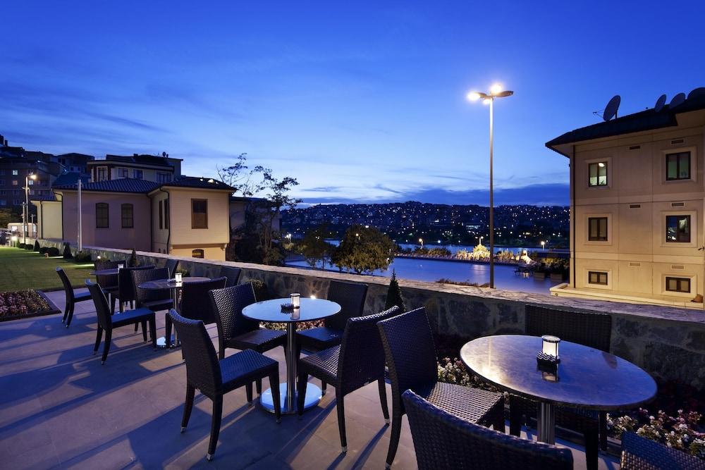 힐튼 가든 인 이스탄불 골든 혼(Hilton Garden Inn Istanbul Golden Horn) Hotel Image 85 - Terrace/Patio