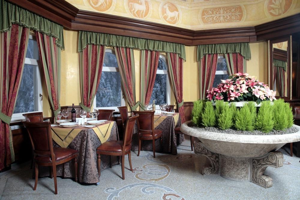 페스타 윈터 팰리스(Festa Winter Palace) Hotel Image 17 - Dining
