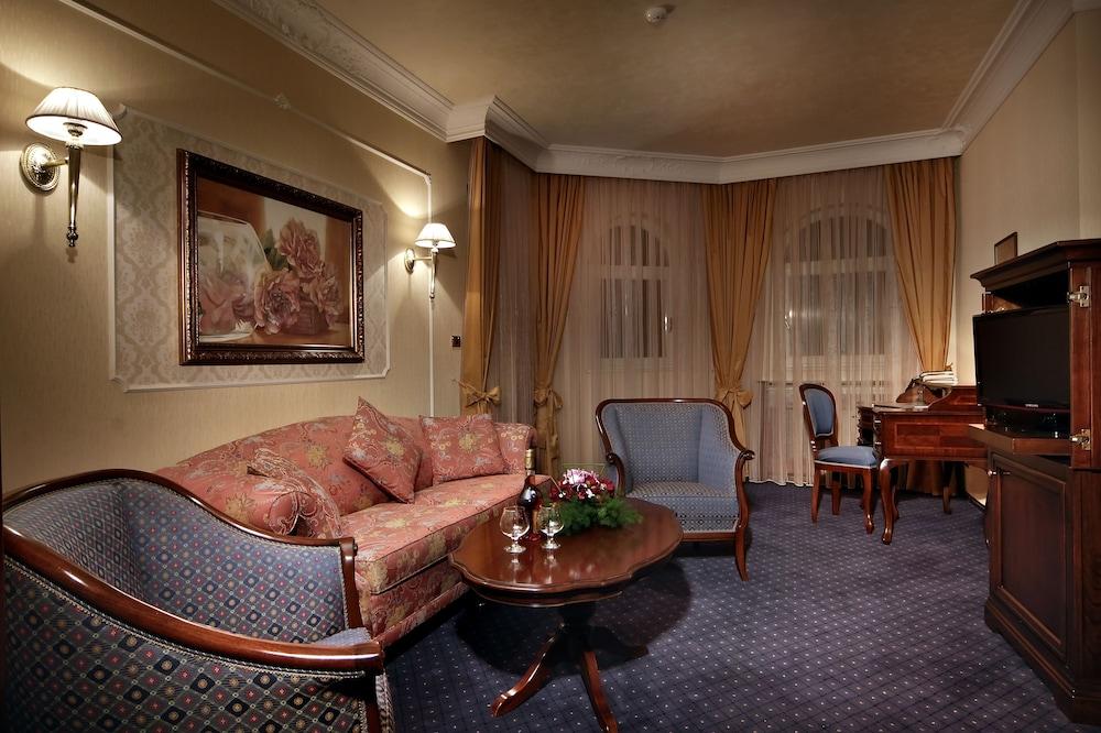 페스타 윈터 팰리스(Festa Winter Palace) Hotel Image 8 - Living Area