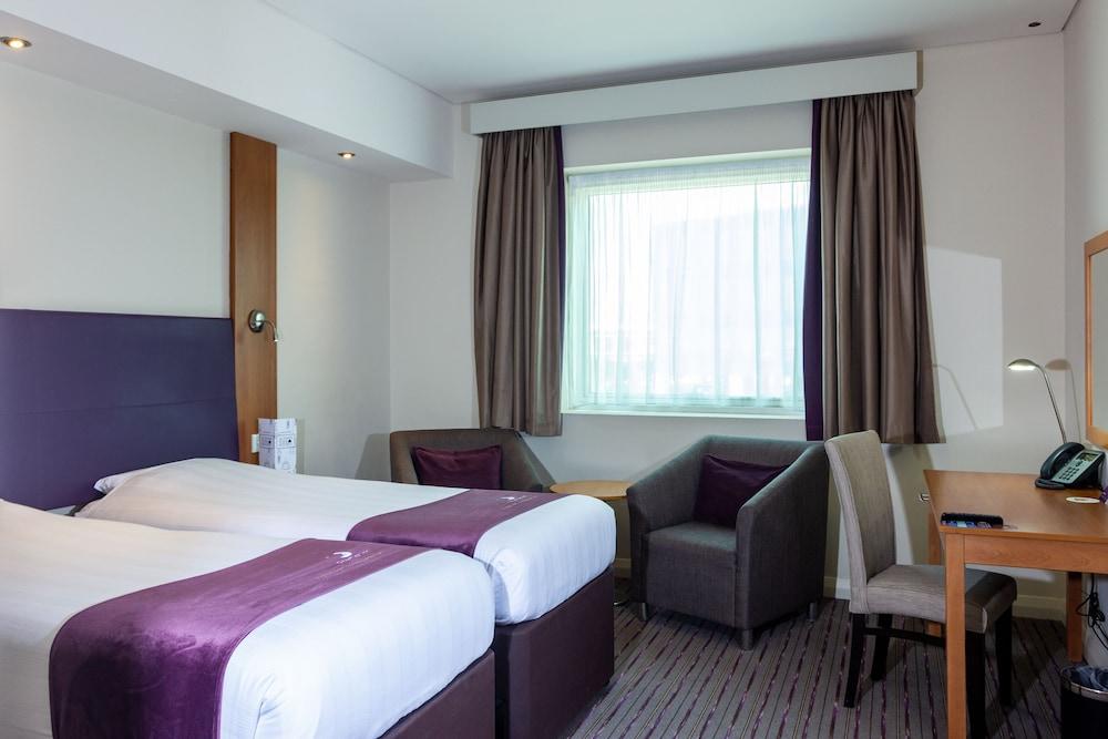 프리미어 인 아부다비 캐피탈 센터(Premier Inn Abu Dhabi Capital Centre) Hotel Image 7 - Guestroom
