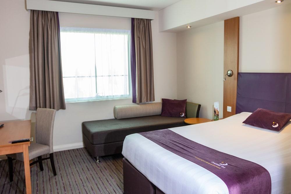 프리미어 인 아부다비 캐피탈 센터(Premier Inn Abu Dhabi Capital Centre) Hotel Image 8 - Guestroom