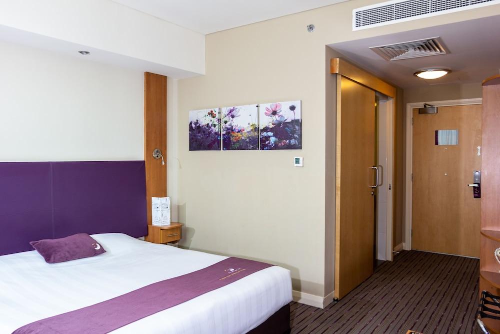 프리미어 인 아부다비 캐피탈 센터(Premier Inn Abu Dhabi Capital Centre) Hotel Image 10 - Guestroom