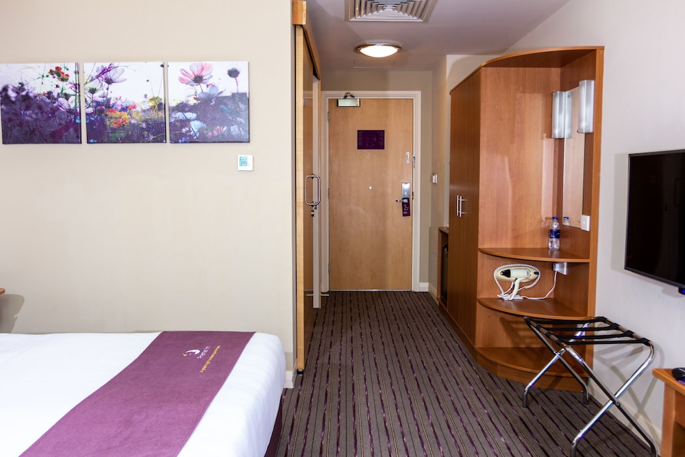 프리미어 인 아부다비 캐피탈 센터(Premier Inn Abu Dhabi Capital Centre) Hotel Image 13 - Guestroom