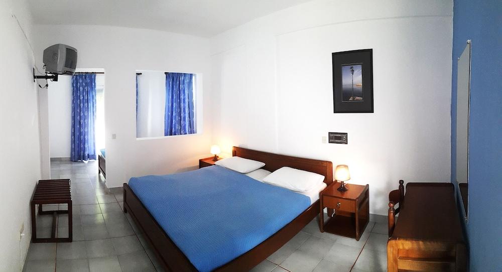 테오 벙갈로우(Theo Bungalows) Hotel Image 8 - Guestroom