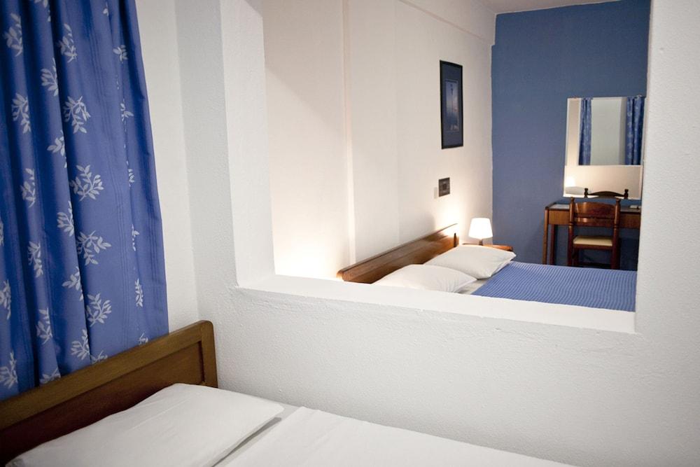 테오 벙갈로우(Theo Bungalows) Hotel Image 4 - Guestroom