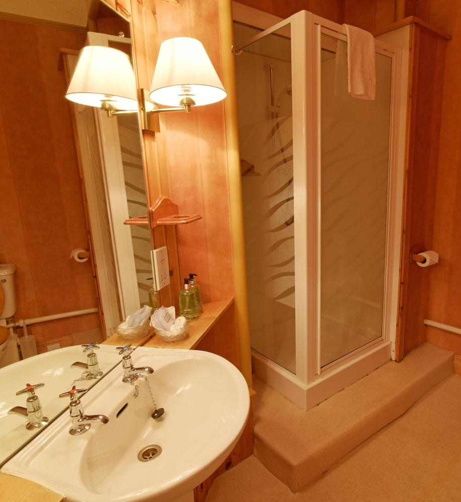 에일리언 크래건(Ailean Chraggan) Hotel Image 10 - Guestroom