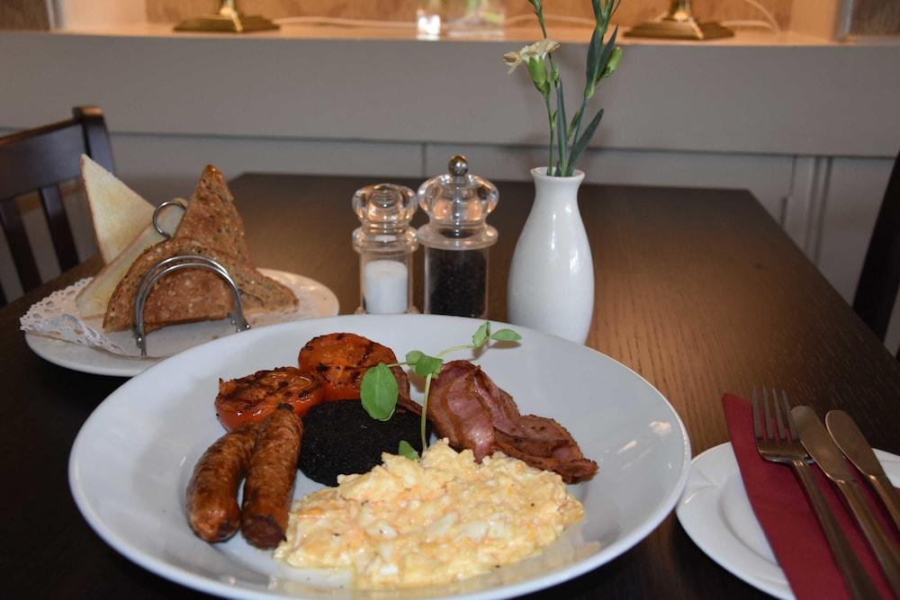 에일리언 크래건(Ailean Chraggan) Hotel Image 32 - Dining