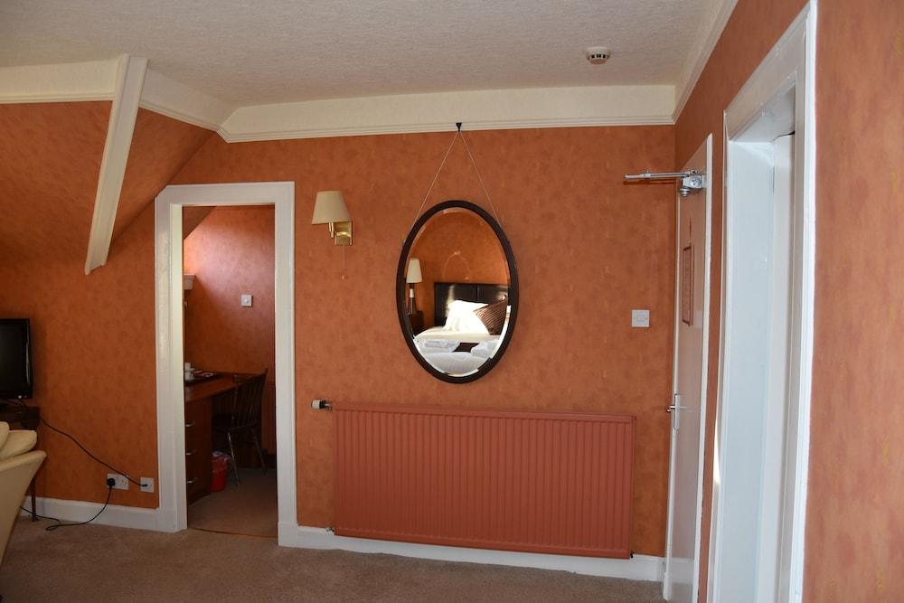 에일리언 크래건(Ailean Chraggan) Hotel Image 21 - Guestroom