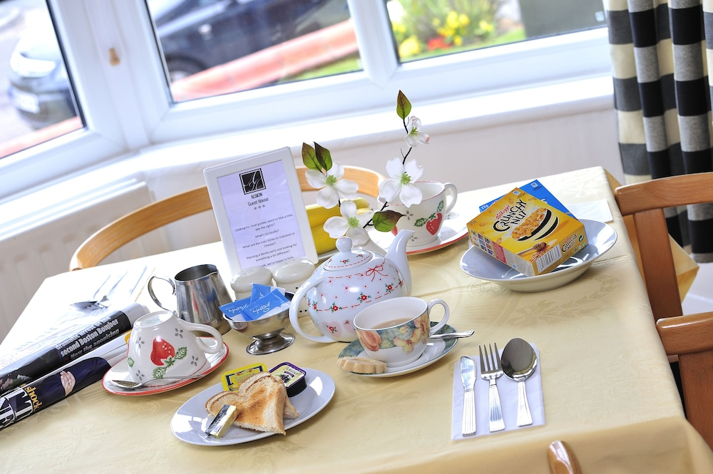 Albion Guest House, Wirral