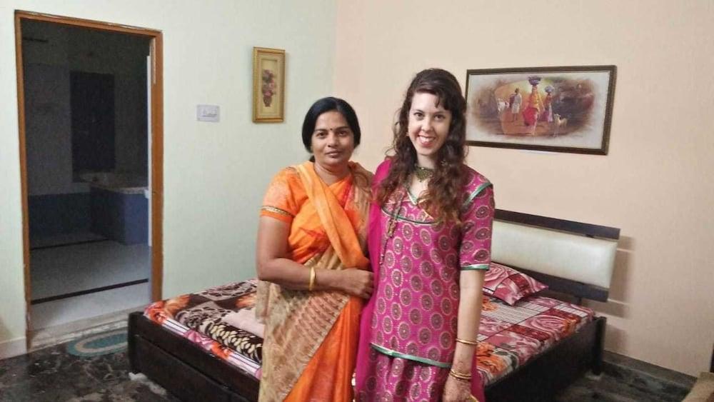 가네샴 게스트 하우스(Ganesham Guest House) Hotel Image 16 - Guestroom