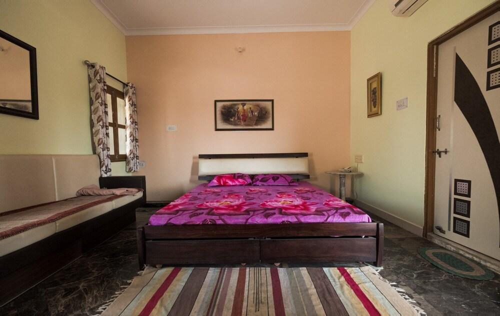 가네샴 게스트 하우스(Ganesham Guest House) Hotel Image 0 - Featured Image