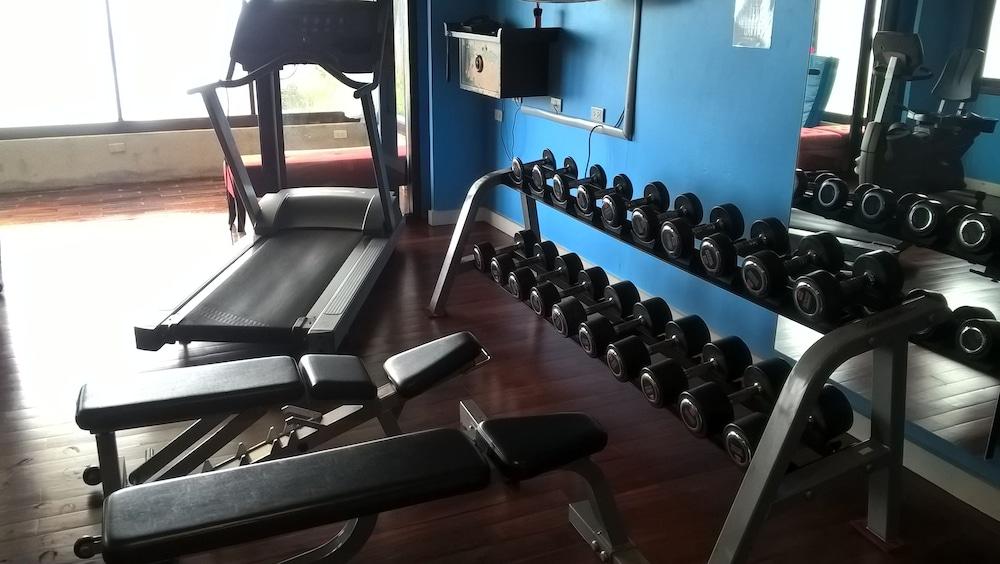 빌라 360(Villa 360) Hotel Image 14 - Fitness Facility