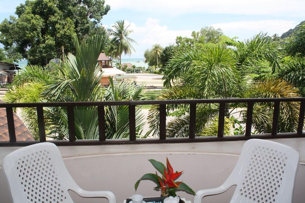 팁 레지던스 부티크 호텔(Thip Residence Boutique Hotel) Hotel Image 31 - Balcony