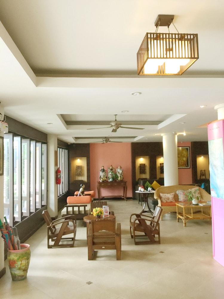 팁 레지던스 부티크 호텔(Thip Residence Boutique Hotel) Hotel Image 1 - Lobby