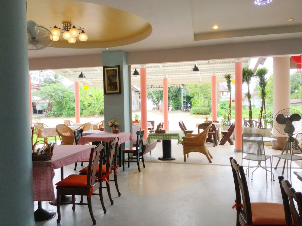 팁 레지던스 부티크 호텔(Thip Residence Boutique Hotel) Hotel Image 49 - Restaurant