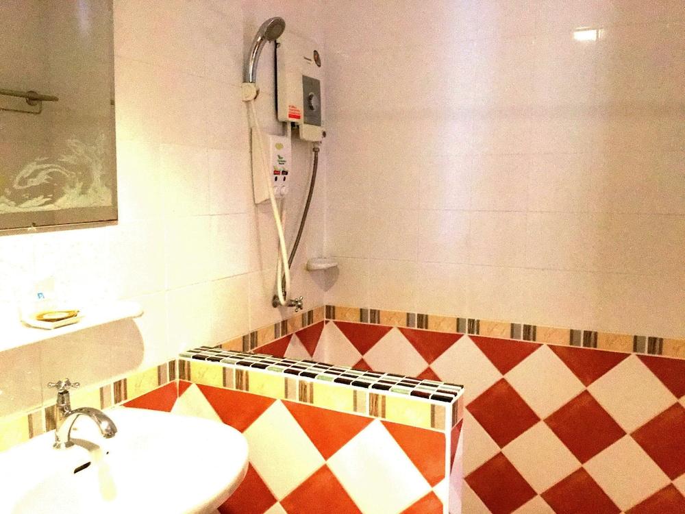팁 레지던스 부티크 호텔(Thip Residence Boutique Hotel) Hotel Image 27 - Guestroom