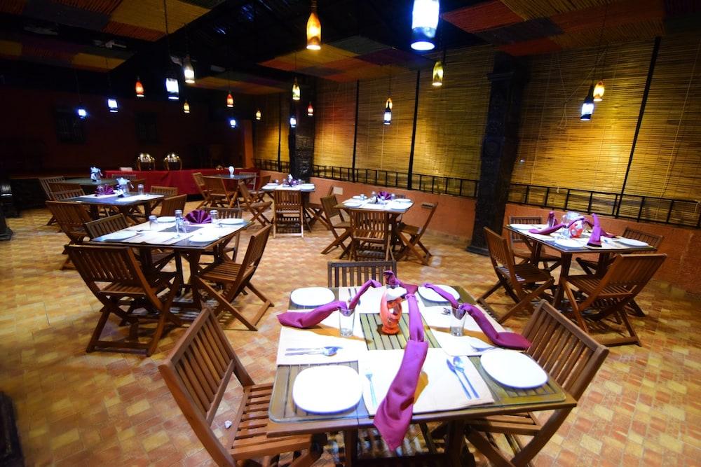 코발람 비치 호텔(Kovalam Beach Hotel) Hotel Image 19 - Breakfast Meal