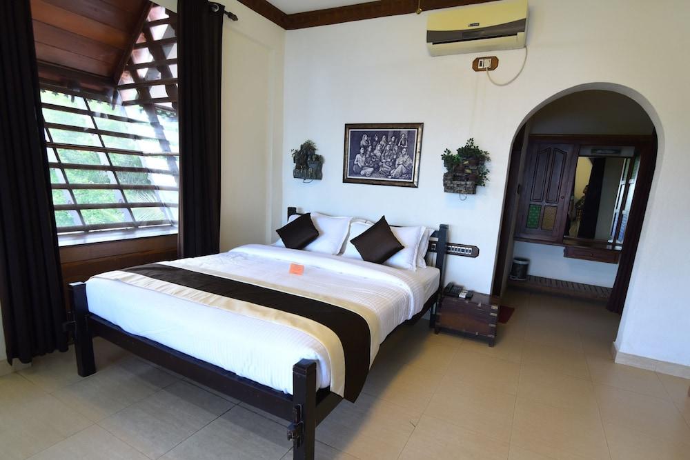 코발람 비치 호텔(Kovalam Beach Hotel) Hotel Image 5 - Guestroom