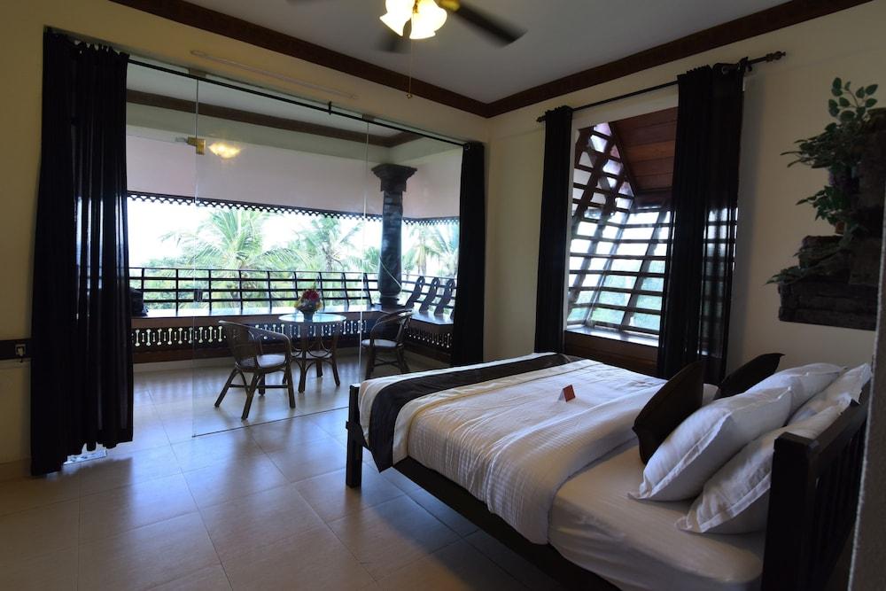 코발람 비치 호텔(Kovalam Beach Hotel) Hotel Image 6 - Guestroom