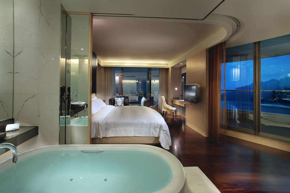 크리스탈 리조트 선 문 레이크(The Crystal Resort Sun Moon Lake) Hotel Image 23 - Bathroom